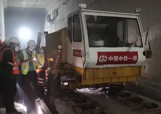 广佛环线正式铺轨
