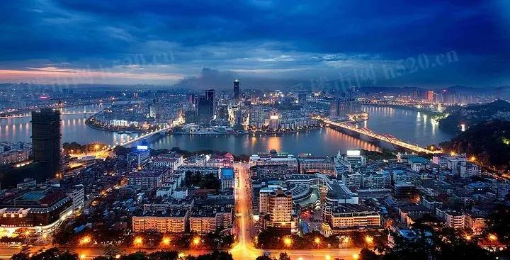柳州夜景图