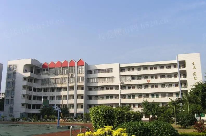 柳南实验小学实景图