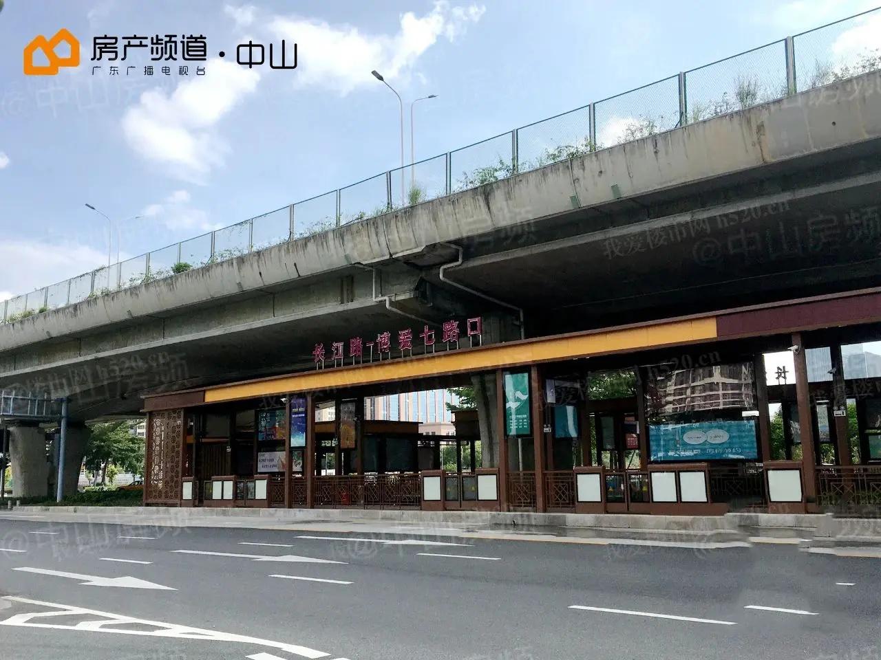 长江路-博爱七路交叉口