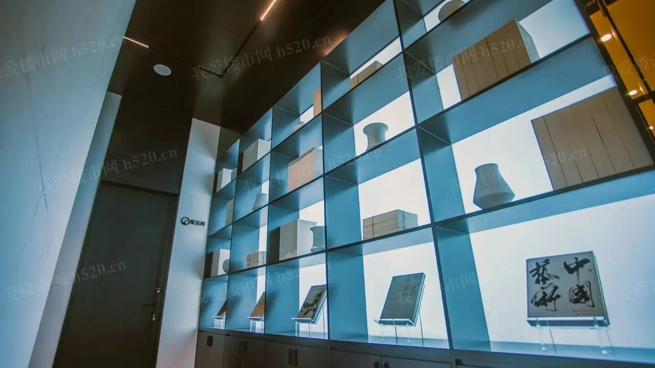 工艺玻璃的屏风隔断