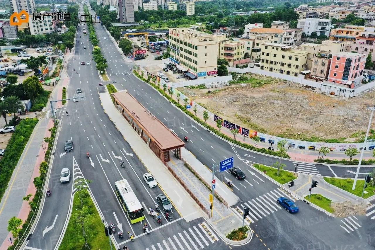 康华路-长江路交叉口